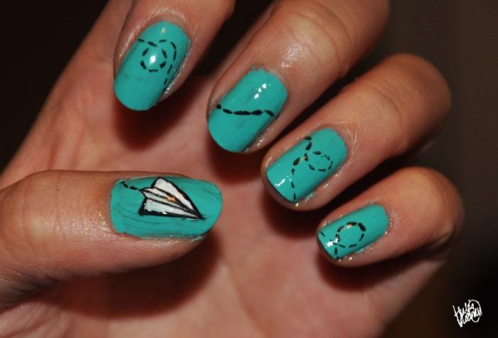 Plane nail art